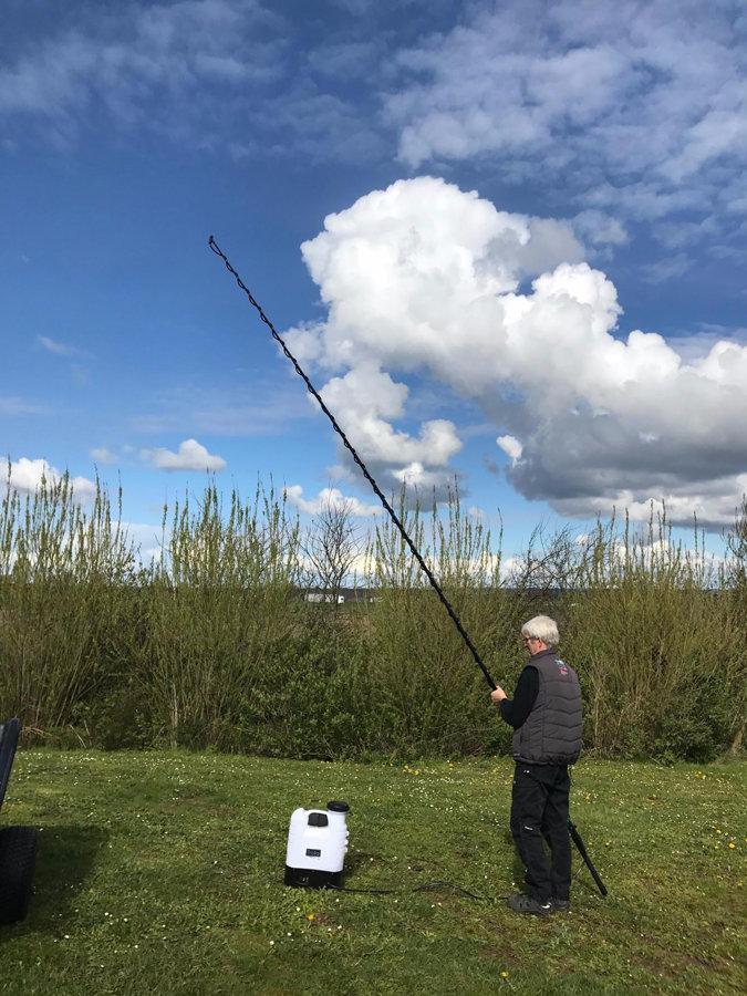 Teleskopiskais kāts līdz 5.4 metriem